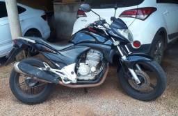Moto Honda CB300 Ano 2011