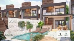 Duplex com fino acabamento e 3 suítes no Eusébio