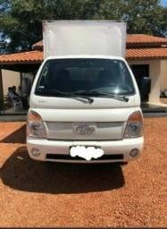 Caminhão Baú HR