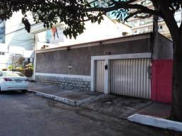 Alugo casa comercial na Praia da Costa