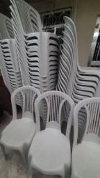 Aluguel de cadeiras e mesas