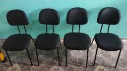 Trabalho com essas cadeiras tbm pra venda e reforma