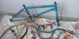 Bicicleta antiga bmx