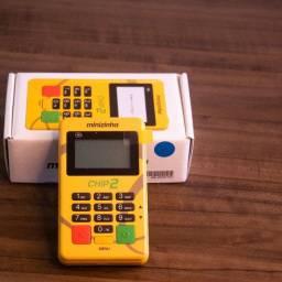 Máquina de cartão Minizinha chip 2 por apenas 12x de R$11,04 ou à vista por R$110,00