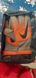 Luvas Nike goleiro de Campo