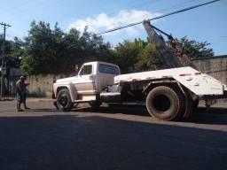Caminhão Ford F11 Mil