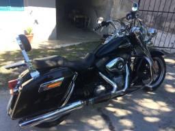 Harley Davidson FLD - 2013