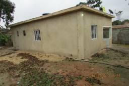 Casa 2 quartos, quintal grande, escola, posto de saúde, comércio e condução pertinho
