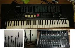 Imperdível liquidação instrumentos e equipamentos de som, microfones, bateria, mesa som.