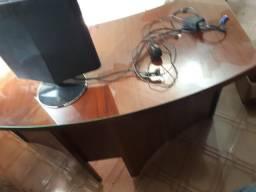Escrivaninha Luxo, Madeira Maciça, tampo curvo com vidro