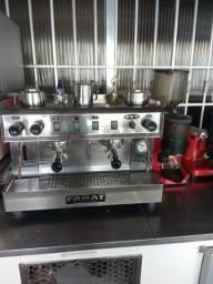 Máquina de café expresso marca farat