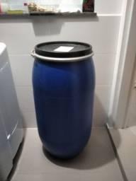 Bombona plástica 170L