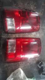 Lanterna traseira Dodge Ram 2012