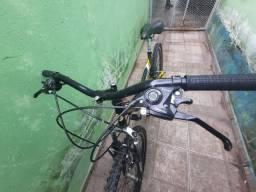 Bicicleta um ano de uso