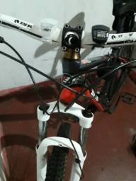 Bike SIXXIS Aro 29 Com Kit Machas Shimano 24 Velocidades Conjuntos Freios Shimano