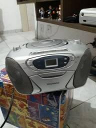 Rádio portátil Magnavox com Defeito