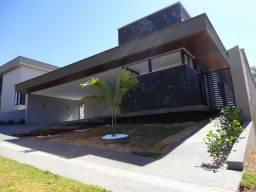 Casa Térrea 4/4, Terreno 700 m2, Jardins Lisboa Goiânia !