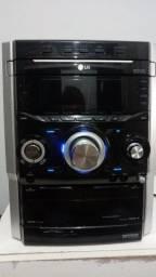 Mini Hi fi System LG McD502 - Sem caixas/Sem controle/Defeito em 1 canal