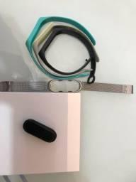 Mi Band 4 + 3 pulseiras