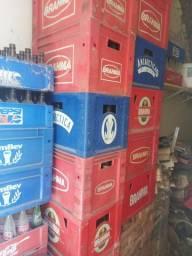 Vendo caixas de cervejas