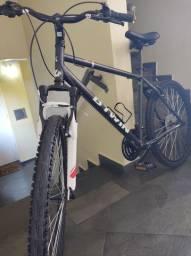 Bicicleta - Btwin aro 26
