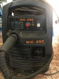 Maquina de Solda Mig 250 comprar usado  Campo Grande