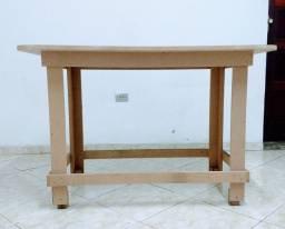 Mesa de marcenaria