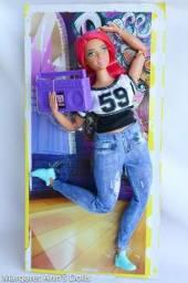 Barbie Made To Move (Feita Para Mexer) Curvy Dancer