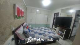 Apartamento com 3 quartos à venda, por R$ 700.000 - Calhau - CM