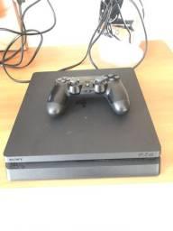 PlayStation 4 1TB COM 1 CONTROLE E 2 JOGOS