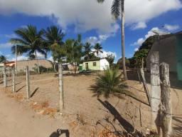 Casa com terreno em campo redondo