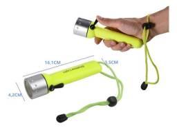 Lanterna 180 Lumens Q3 Cree Zoom - para praticar mergulho, a prova d'agua