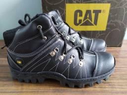 Tenis CAT Botinha caterpillar Novo preto - numero 41 - preto