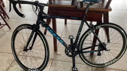 Bicicleta Speed zerada tudo Shimano