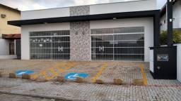 Alugo sala comercial no Costa e Silva, valor na descrição