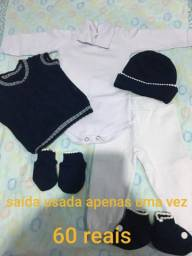 Lote de roupa de bebê de 0 a 3 meses