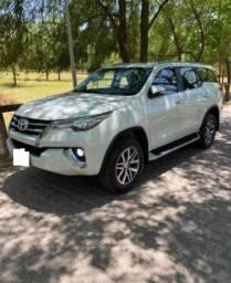 Toyota SW4 2017 2.8 Tdi Srx 7l 4x4 Aut. #Com Sinal : 13.700 + Parcelas