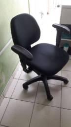 Cadeira de escritório R$150,00 cada