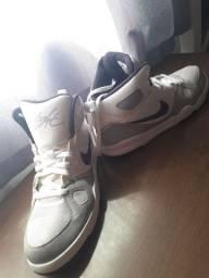 Nike Branco Jordan 1 High (43/44)