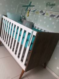 Vendo quarto de bebê retrô com berço ,cômoda colchão e kit berço
