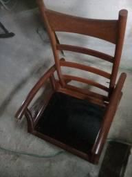 Cadeira Antiga Em Madeira Maciça Com 4 Posições