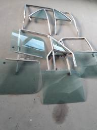 Vidros laterais com quadros opala