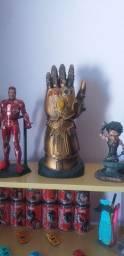 Homem de ferro,manopla do infinito e Tony stark