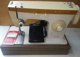 Máquinas de costuras (feira dos cinco conjuntos)