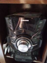 Som Samsung giga 1100w com sub woofer