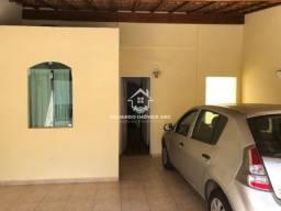 Sobrado. 2 dormitórios. 2 vagas na garagem. Quintal - Santa Terezinha - SBC