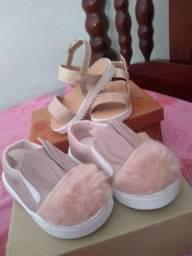 Vendo esses dois pares de calçados n21 por 80$