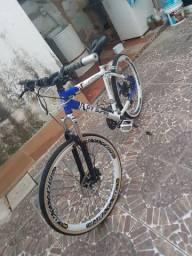 Bike, vendo ou troco por motorizada