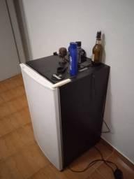 Mini Geladeira/Frigobar