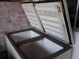 Freezer 2 portas aceito cartão